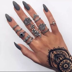 Jewelry - Hamsa Midi Rings Set